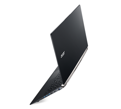Acer-Aspire-V-Nitro-Black-Edition-VN7-591-photogallery-04