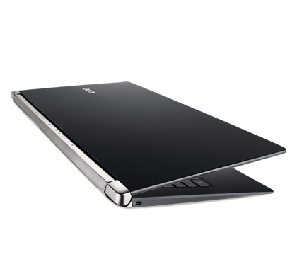 Acer-Aspire-V-Nitro-Black-Edition-VN7-591-photogallery-05